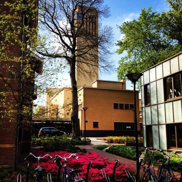 View of Raadhuis from outside of the stadtskantoor