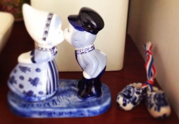 Dutch kissing