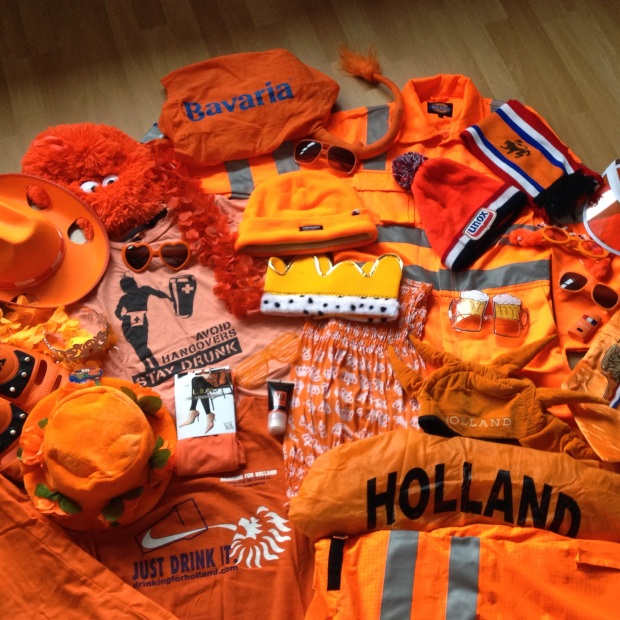 Orange clothing for King's Day